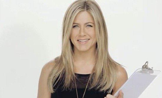 Jennifer Aniston Smart Water ad