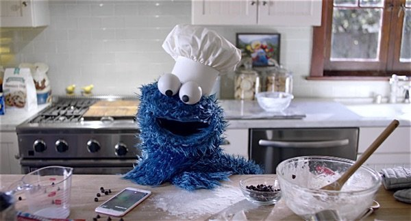 Apple's new Siri + Cookie Monster ad is adorable