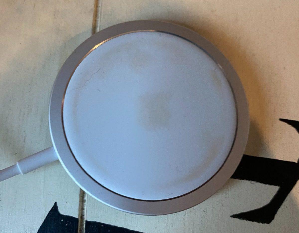 MagSafe discoloration 1 e1604335933146