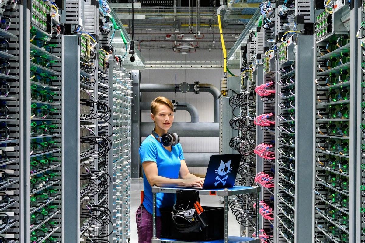 Apple - google data center