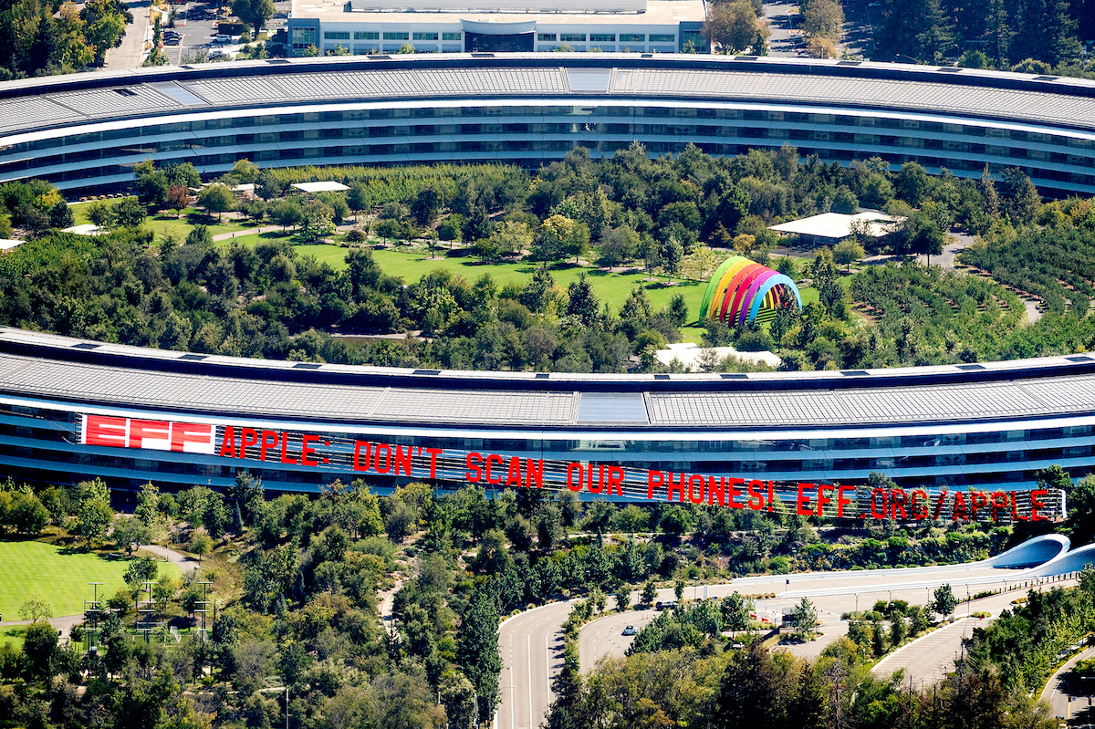 EFF banner apple